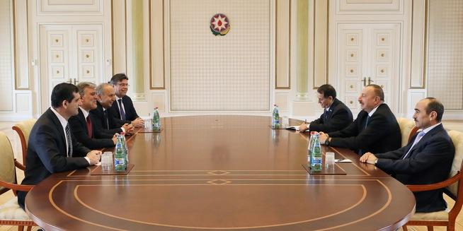 Abdullah Gül, Azerbaycan Cumhurbaşkanı Aliyev ile görüştü