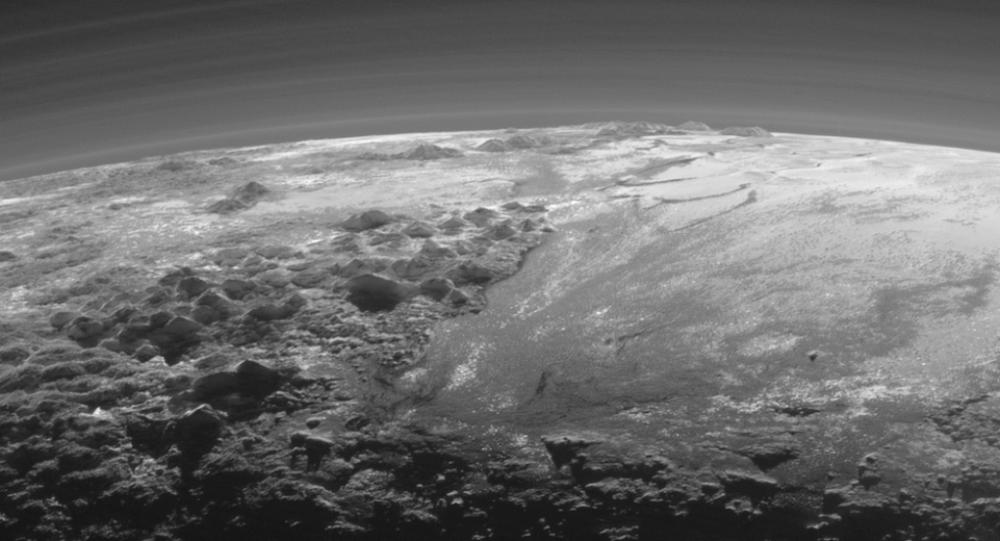 Plüton gezegeninde okyanus ?