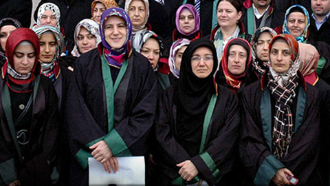 HSYK'dan hakim ve savcılara başörtüsü serbestliği